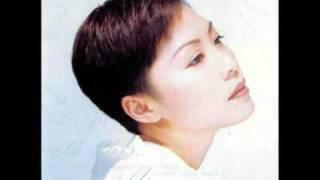 Download lagu 彭羚 - 愛我別走