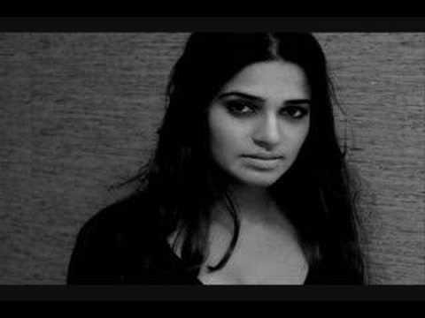 Nadia Ali - Crash & Burn (DJ Shah's Magic Island Remix)