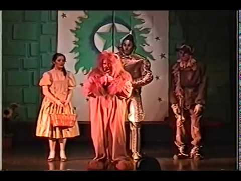 WIZARD OF OZ Melanie as Dorothy PART 11 Gregory Terlecki as Scarecrow  Hudson Music Club