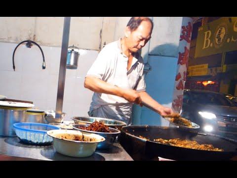 Fried Oyster @ Medan Makan Boon Leong , Malacca