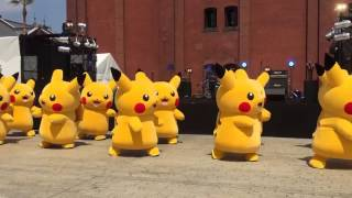 CUTE PIKACHU DANCING