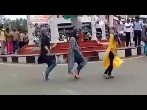 Jimikki kammal   malappuram girls  Flashmob