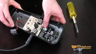 Change a Dunlop Cry Baby Wah Pedal