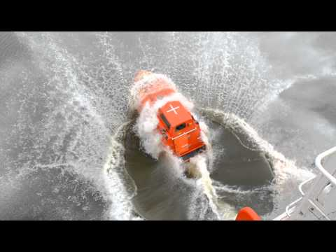 FREE FALL LIFEBOAT LAUNCH 4 ( G.C.Maritime Services)