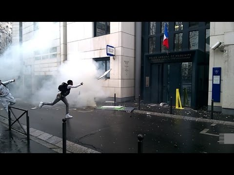 French youths attack police stations after student beaten