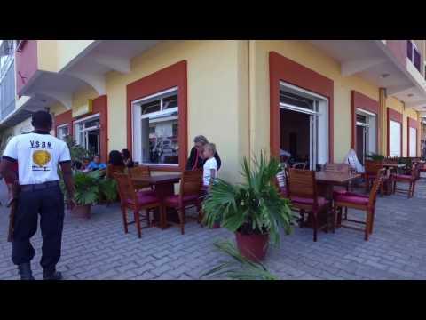 Le Badamier - Hotel à Majunga