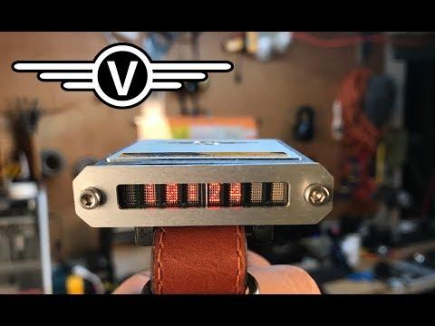 Homemade Retro Digital Wristwatch Made with Arduino