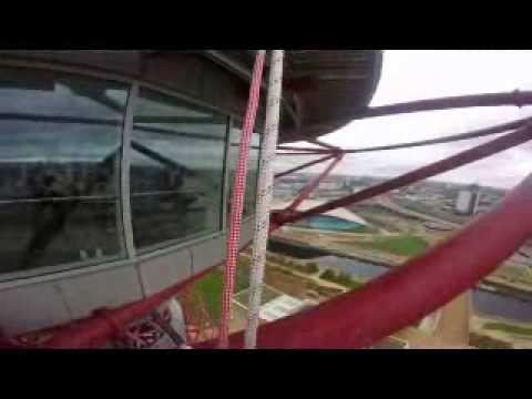 Abseiling down the ArcelorMittal Orbit