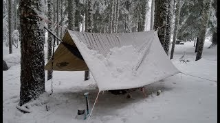 Hammock Camping in Snow With a Sleeping Pad and a Wool Blanket - Camp Cooking Dirty Steak