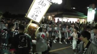 説明2015.7.25愛知県刈谷市で行われた万燈祭のビデオです。高さ約5メー...