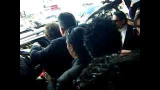 Llegada de Bunbury al aeropuerto de Quito.MOV thumbnail