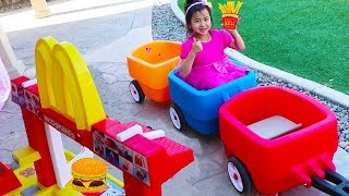 Jannie Pretend Play with McDonalds Drive Thru Fast Food Kitchen Toy Set thumbnail