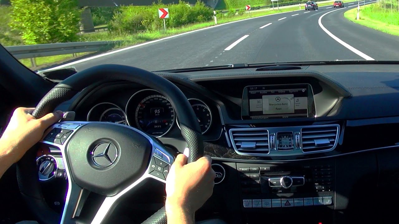 Mercedes E63 AMG Kickdown Onboard V8 Sound 2014 W212 Acceleration 4 Matic  Cockpit View Shift Down