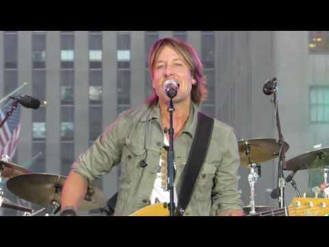 "Keith Urban ""John Cougar, John Deere, John 3:16"" (Today Show Rehearsals) Live at The Plaza"