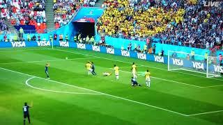 コロンビア 開始3分で1人退場  日本×コロンビア
