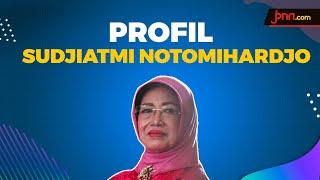 Profil Almarhumah Ibu Sudjiatmi Notomihardjo Ibunda Presiden Jokowi - JPNN.com
