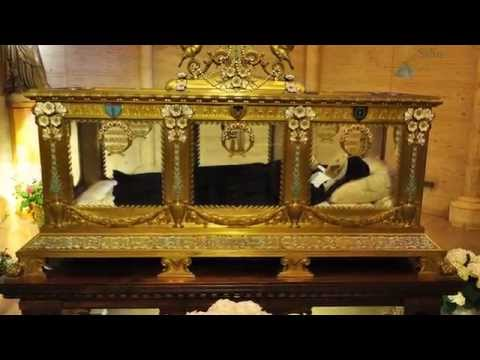 Mystical Visit to the Incorrupt Body of Bernadette Soubirous.
