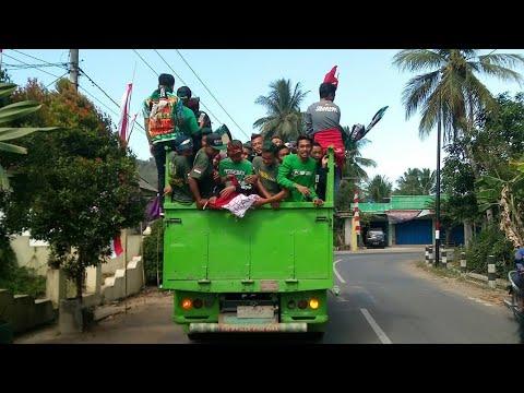 Ribuan Bonek Estafet Ke Bandung - Persebaya Vs Perseru Serui