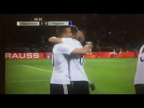 Lukas Podolski Traumtor gegen England am 22.03.2017