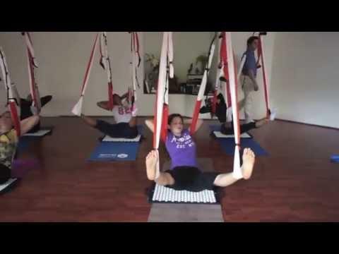Yoga aéreo: Ejercicio Terapéutico de AeroYoga® en Columpio