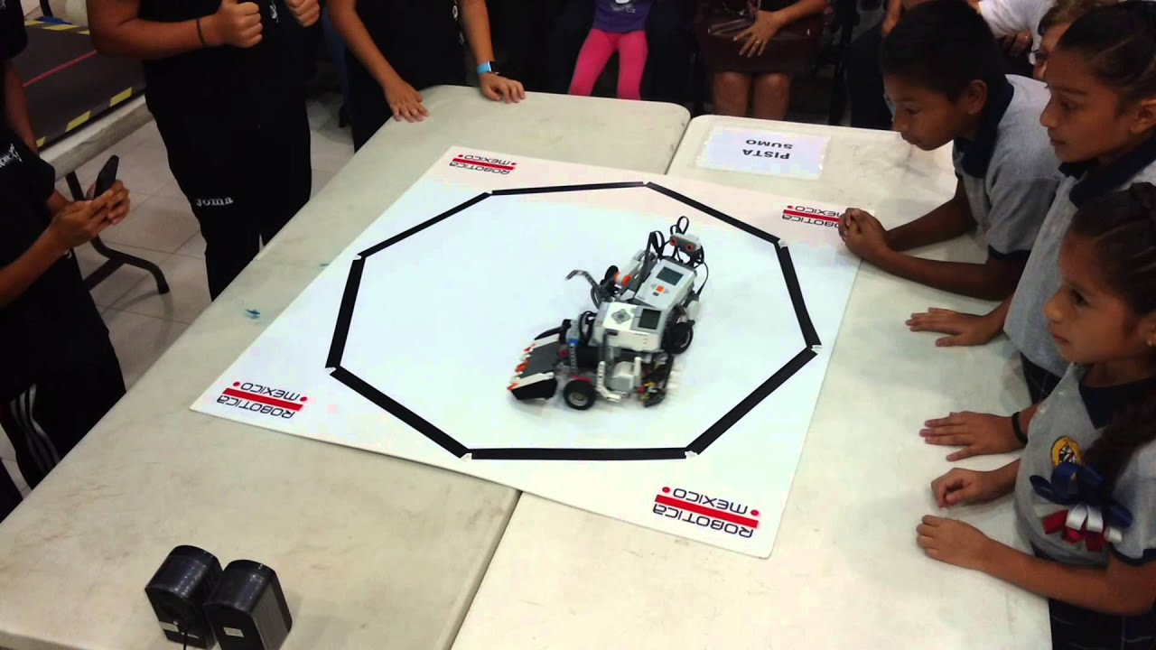LEGO® MINDSTORM NXT vs  EV3 Sumo