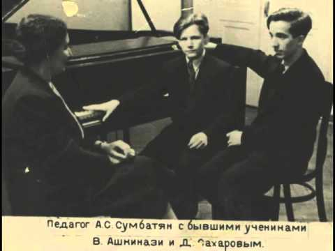 Vladimir Ashkenazy plays Chopin Etudes op. 25 and mazurka -