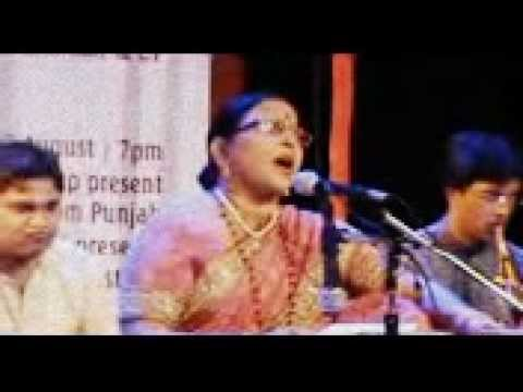 "Sharda Sinha live performance of ""taar bijli se""  and ""kahe to se Sajna"""