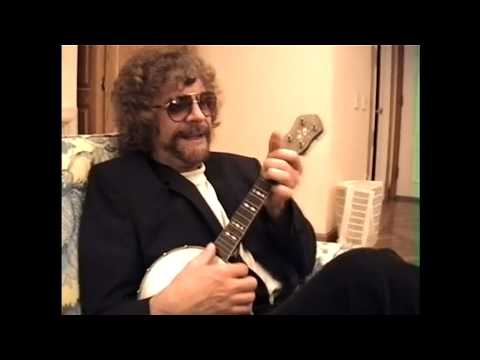 George Harrison & Jeff Lynne on banjolele