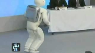 Робот Asimo теперь умеет даже бегать