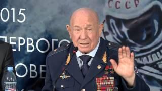 Алексей Леонов рассказывает о нештатных ситуациях через 50 лет.