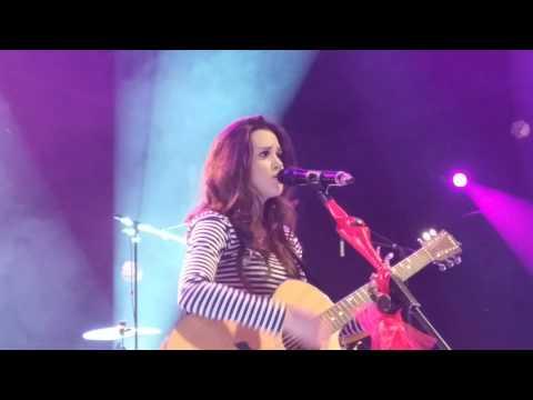 Megan Nicole - Beautiful (live in paris ) 02/02/2014