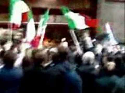 Tributo a Gianni Alemanno.. sincado di Roma!