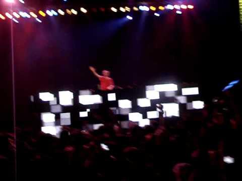 Rusko -  JAHOVA LIVE! dubstep @ hard summer music fest 2010