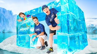 Building An IGLOO FORT Out Of ICE! *CHALLENGE*