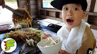 レオくんがルスツリゾート遊園地でBBQ!バーベキューでお肉を焼いてたべるよ! トイキッズ