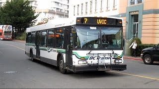BC Transit 1998 New Flyer D40LF - 9889