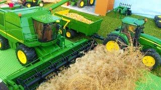BRUDER TOYS combine John Deere T670i farm bworld