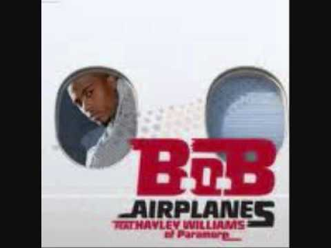 BoB feat Hayley Williams / Eminem feat Rihanna -