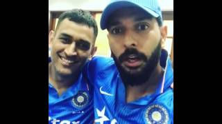 Funny -MS Dhoni And Yuvraj After Dhoni's Last Match As Captain In Dressing Room Funny Chit Chat