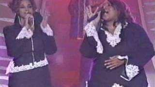 Watch Kierra Sheard You Love Me video
