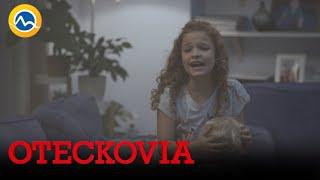 OTECKOVIA - U Bobulovcov horí, domácnosť zachraňuje Viky