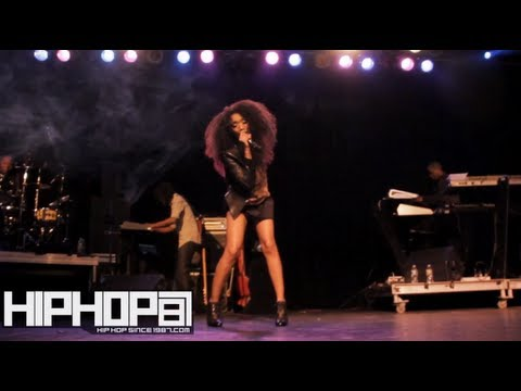 Brandy Performs Live in Philly (3/1/13)
