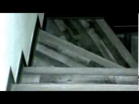 revestimiento en escaleras de cemento con piso laminado