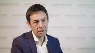 How can standard risk multiple myeloma (MM) patients be cured?