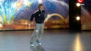 Украина имеет талант 3! Ваня Low Kick Пузырев(, 2011-03-25T21:29:31.000Z)