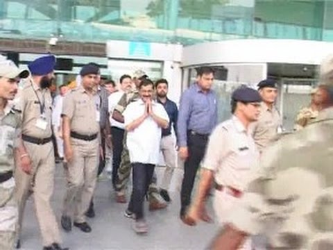 Arvind Kejriwal Reach Amritsar to Appear Before Court in Defamation Case by Majithia
