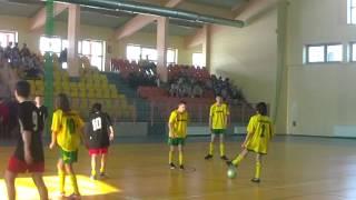 LKS Monis 1-3 Brzostowianka Brzostek Trampkarze