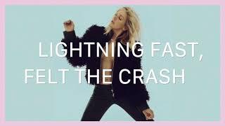 Скачать Ellie Goulding Holding On For Life Lyrics