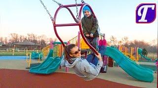 игры на детской площадке в америке максим играет на новой огромной интересной playground для детей