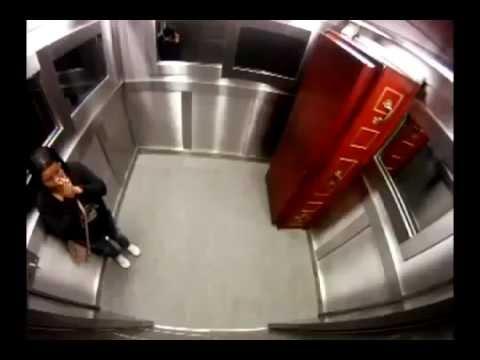 Японский прикол в лифте! Ржачка!